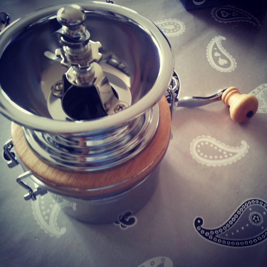 Thuis de Weis koffiemolen proberen